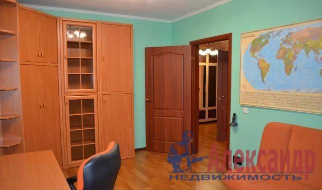 2-комнатная квартира (64м2) в аренду по адресу Байконурская ул., 24— фото 1 из 4