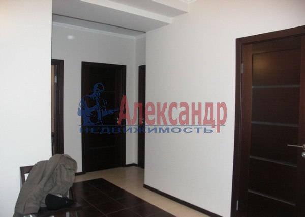 2-комнатная квартира (71м2) в аренду по адресу Выборгское шос., 23— фото 1 из 6