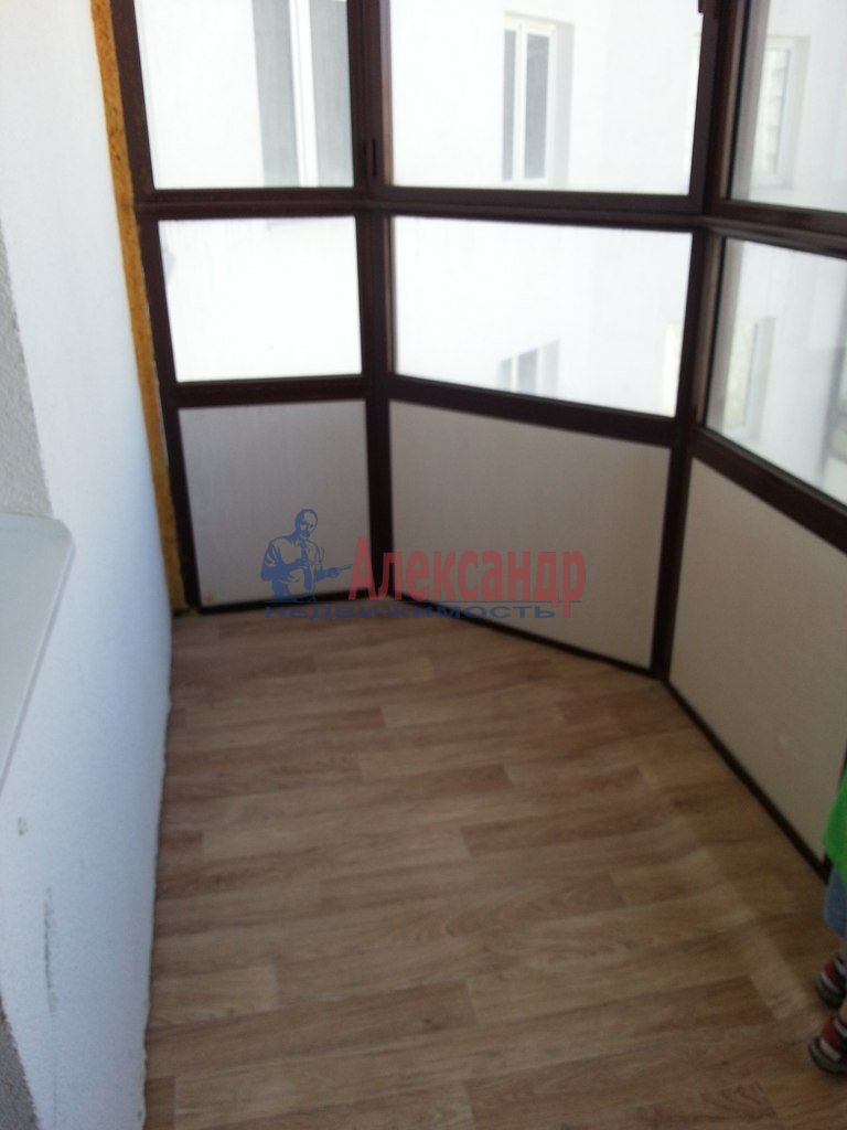 3-комнатная квартира (74м2) в аренду по адресу Коллонтай ул., 4— фото 2 из 2