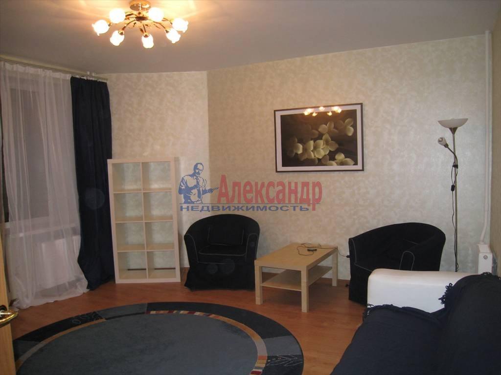 2-комнатная квартира (56м2) в аренду по адресу Хасанская ул., 2— фото 2 из 7