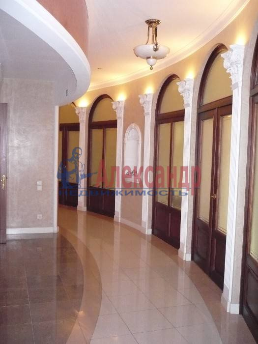 6-комнатная квартира (260м2) в аренду по адресу Итальянская ул.— фото 5 из 5