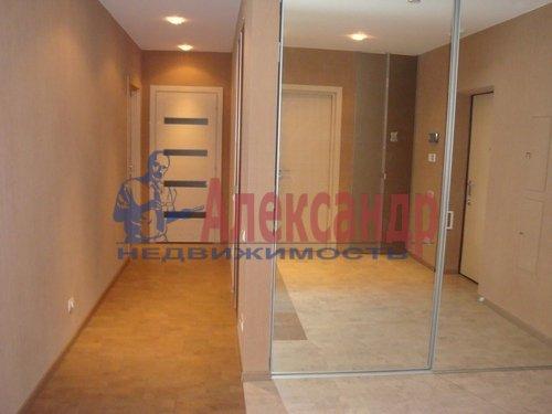 2-комнатная квартира (70м2) в аренду по адресу Коломяжский пр., 15— фото 7 из 7