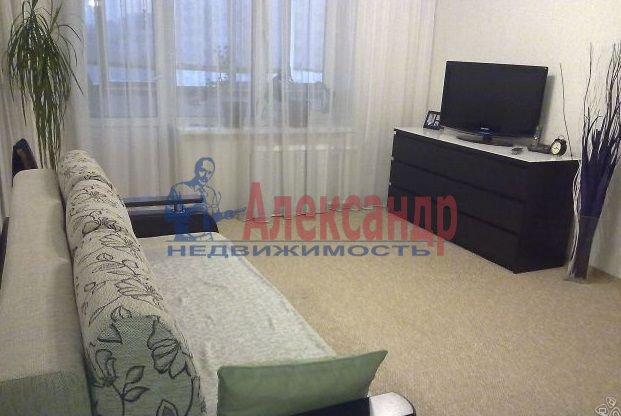 2-комнатная квартира (56м2) в аренду по адресу Серебристый бул., 23— фото 3 из 4