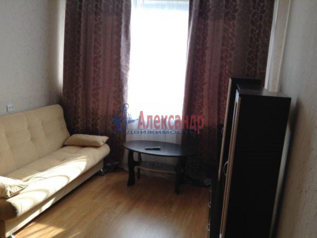 1-комнатная квартира (39м2) в аренду по адресу Дрезденская ул., 26— фото 1 из 2