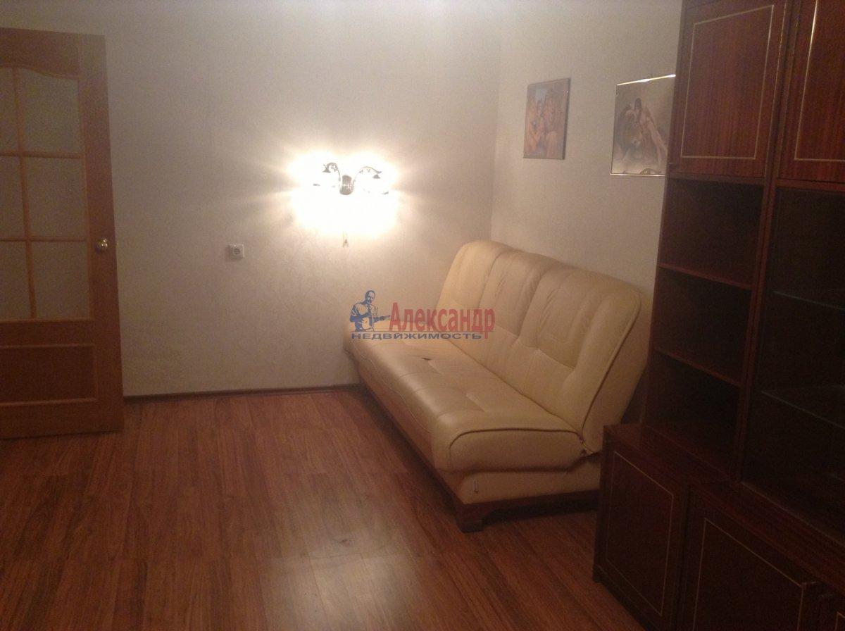 1-комнатная квартира (40м2) в аренду по адресу Пулковское шос., 13— фото 1 из 7