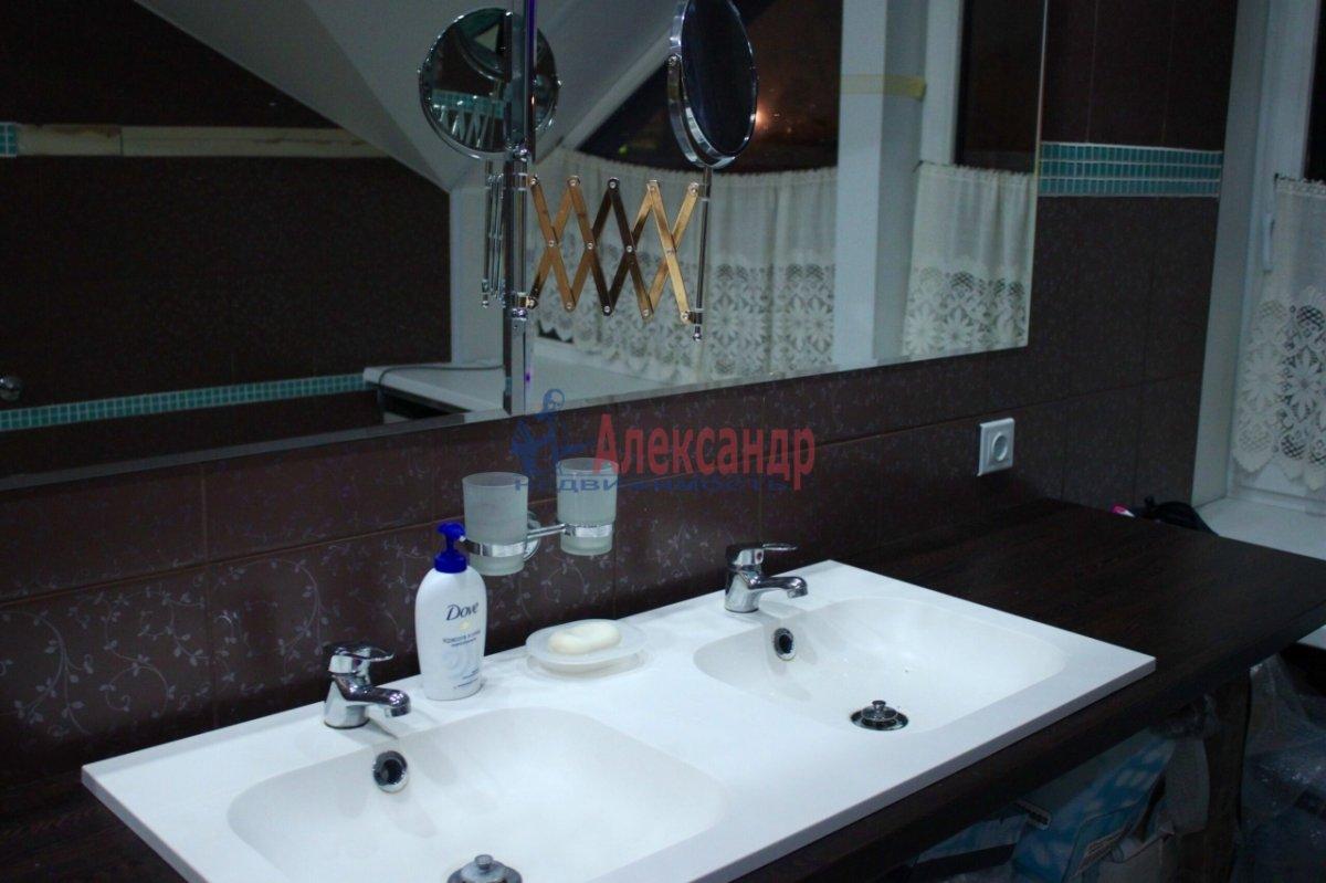 3-комнатная квартира (80м2) в аренду по адресу Беринга ул., 27— фото 4 из 4