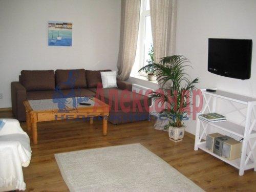 Комната в 2-комнатной квартире (60м2) в аренду по адресу Кузнецовская ул., 38— фото 1 из 3