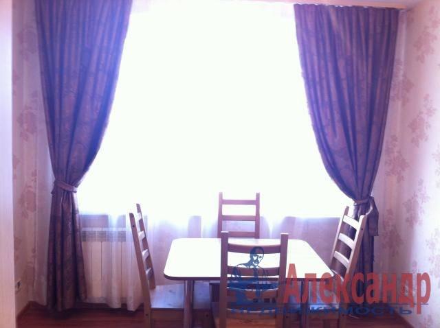 3-комнатная квартира (78м2) в аренду по адресу Гражданский пр., 90— фото 9 из 16
