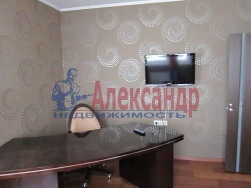 3-комнатная квартира (120м2) в аренду по адресу Сизова пр., 21— фото 13 из 15