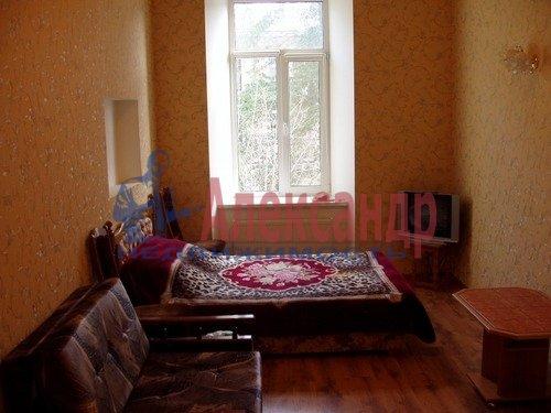 Комната в 3-комнатной квартире (63м2) в аренду по адресу Комиссара Смирнова ул., 13— фото 1 из 1