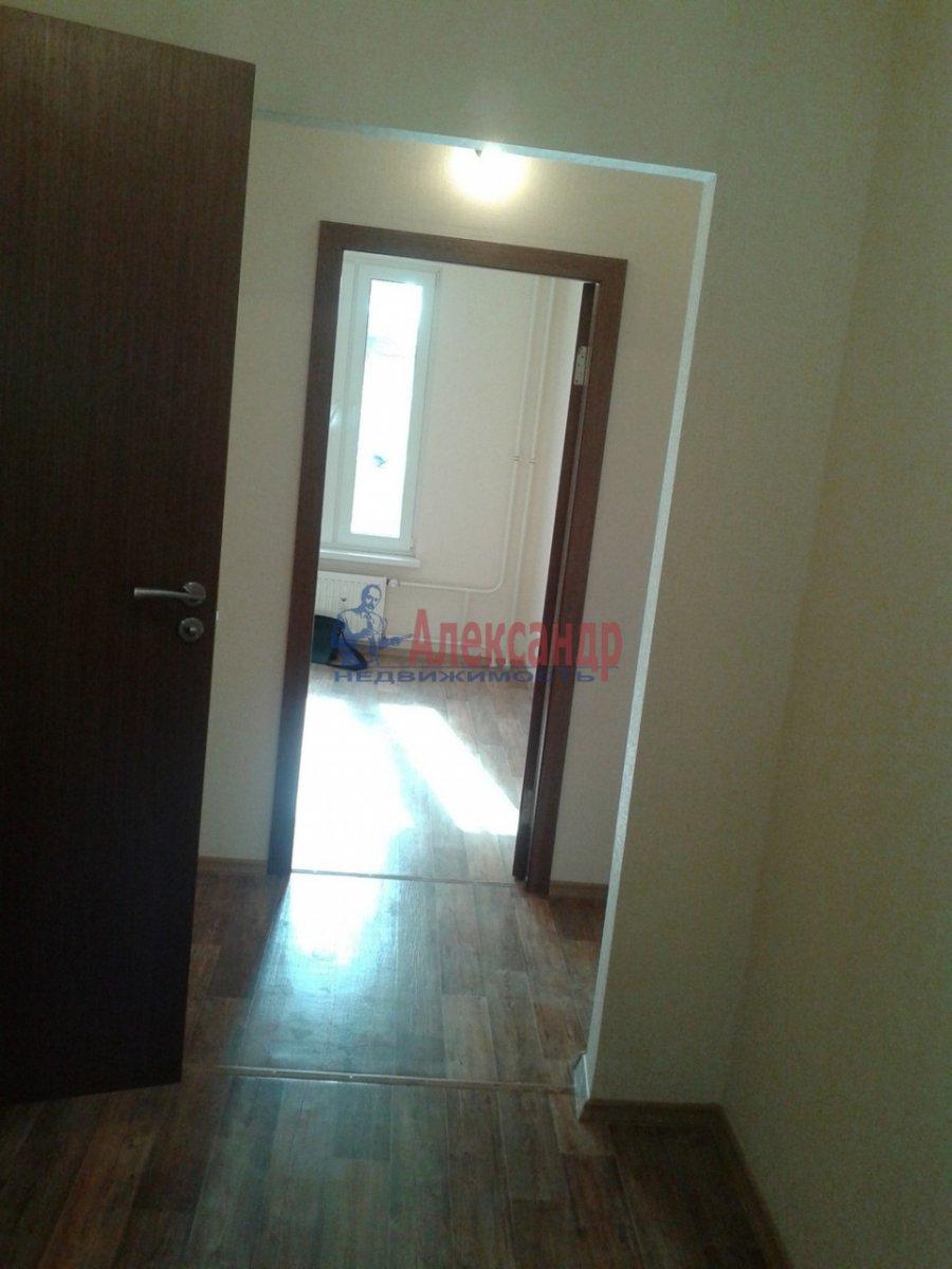 1-комнатная квартира (38м2) в аренду по адресу Кушелевская дор., 3— фото 4 из 7