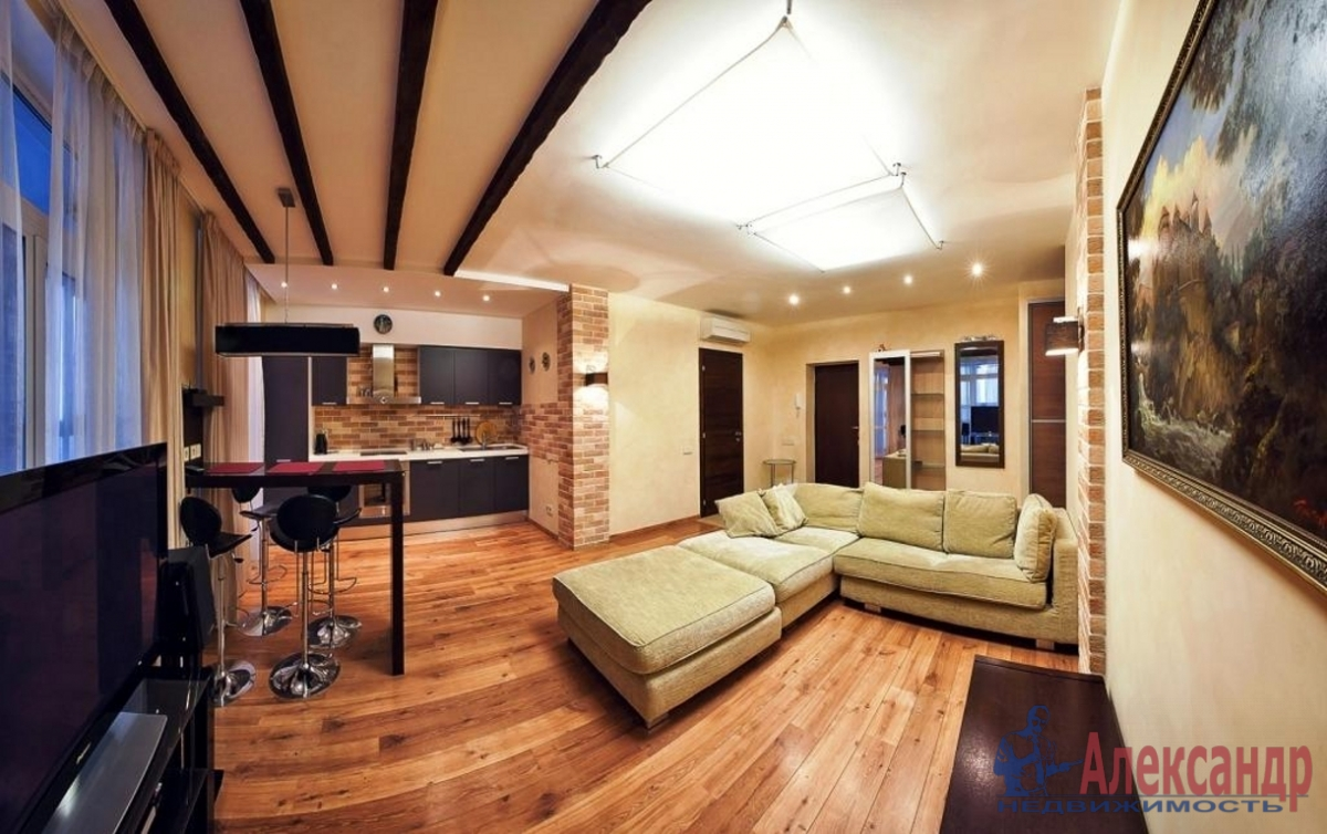 3-комнатная квартира (105м2) в аренду по адресу Морской пр., 15— фото 1 из 3