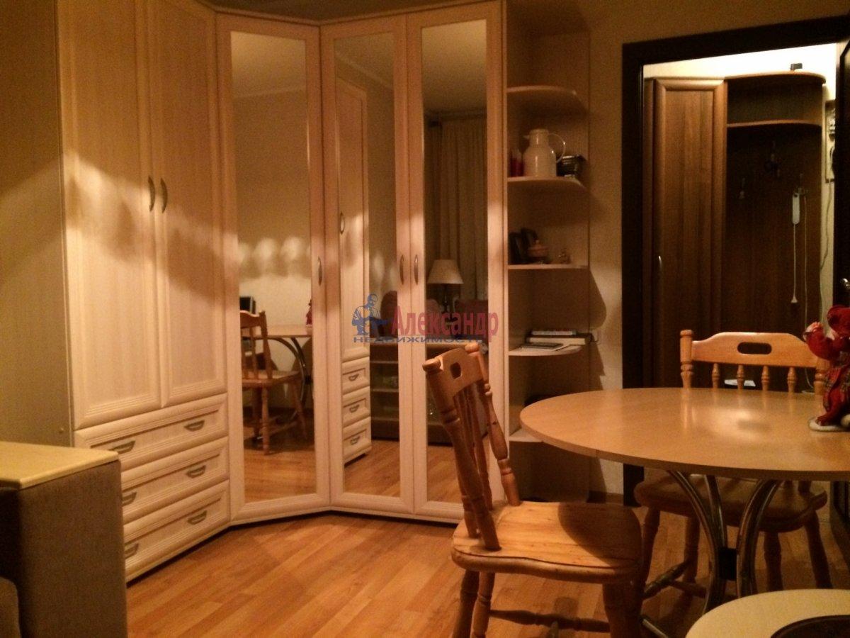 2-комнатная квартира (47м2) в аренду по адресу Ушинского ул., 9— фото 9 из 19