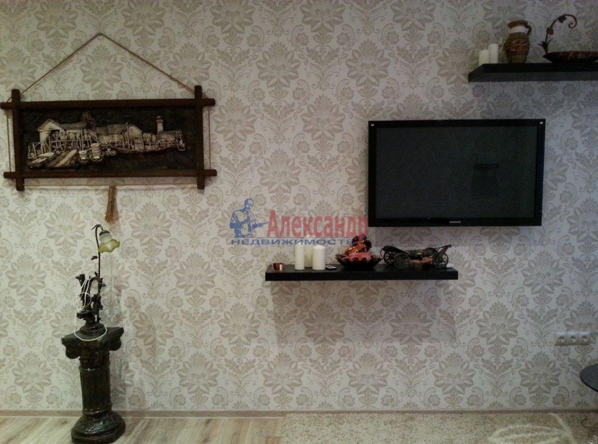 1-комнатная квартира (46м2) в аренду по адресу Счастливая ул., 14— фото 3 из 9