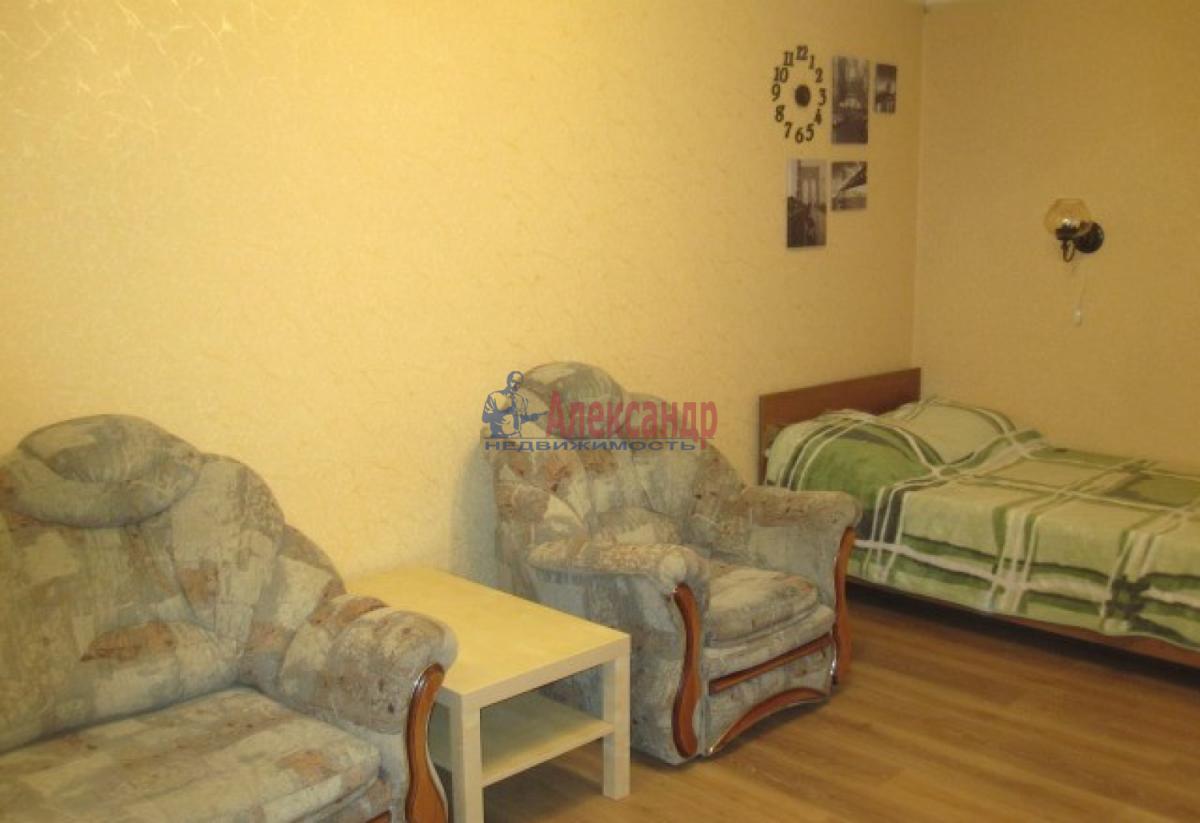 1-комнатная квартира (38м2) в аренду по адресу Ленинский пр., 137— фото 4 из 7