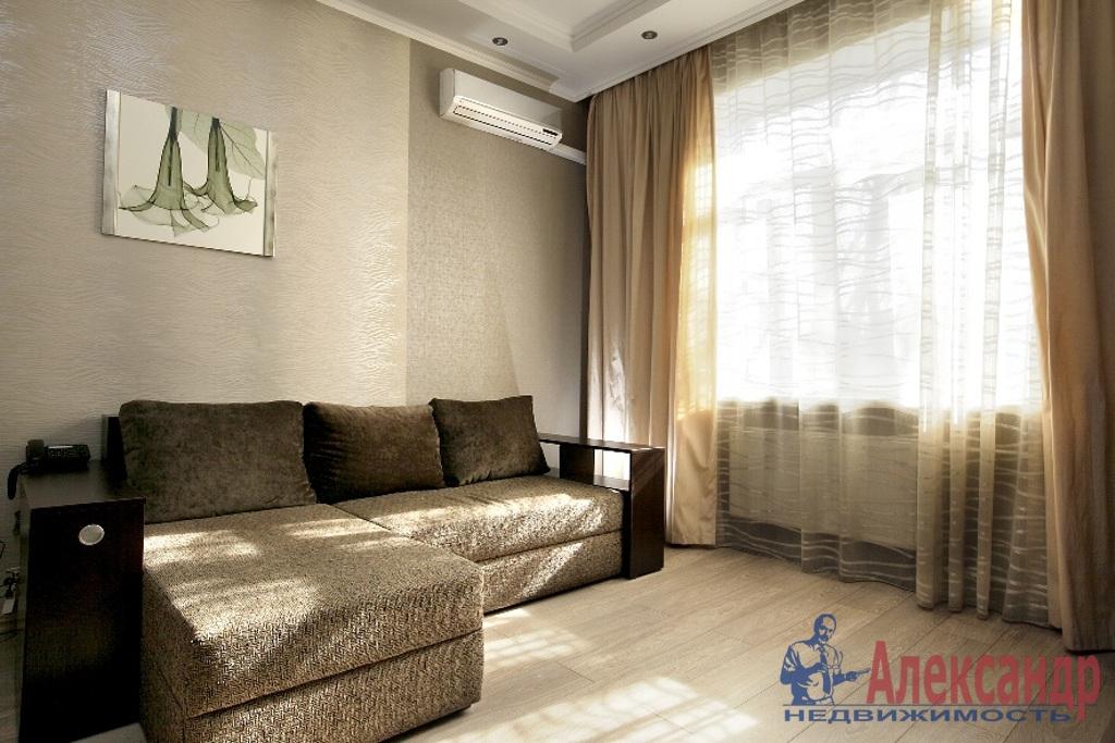 2-комнатная квартира (65м2) в аренду по адресу Оренбургская ул., 2— фото 1 из 3