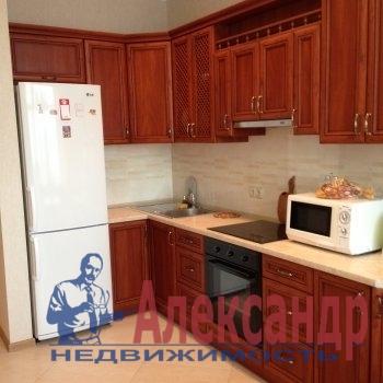 1-комнатная квартира (49м2) в аренду по адресу Коломяжский пр., 20— фото 2 из 2