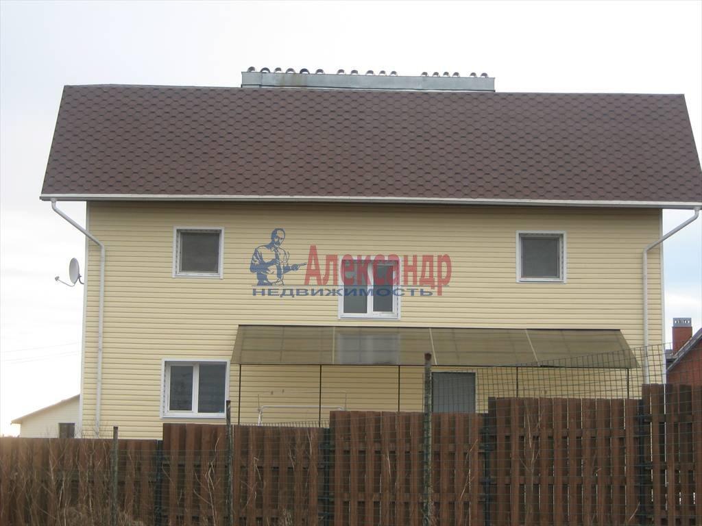 Дом (230м2) в аренду — фото 1 из 3