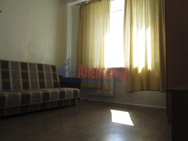 1-комнатная квартира (34м2) в аренду по адресу Коломяжский пр., 20— фото 1 из 2