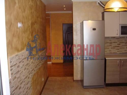3-комнатная квартира (100м2) в аренду по адресу Сизова пр., 25— фото 2 из 8