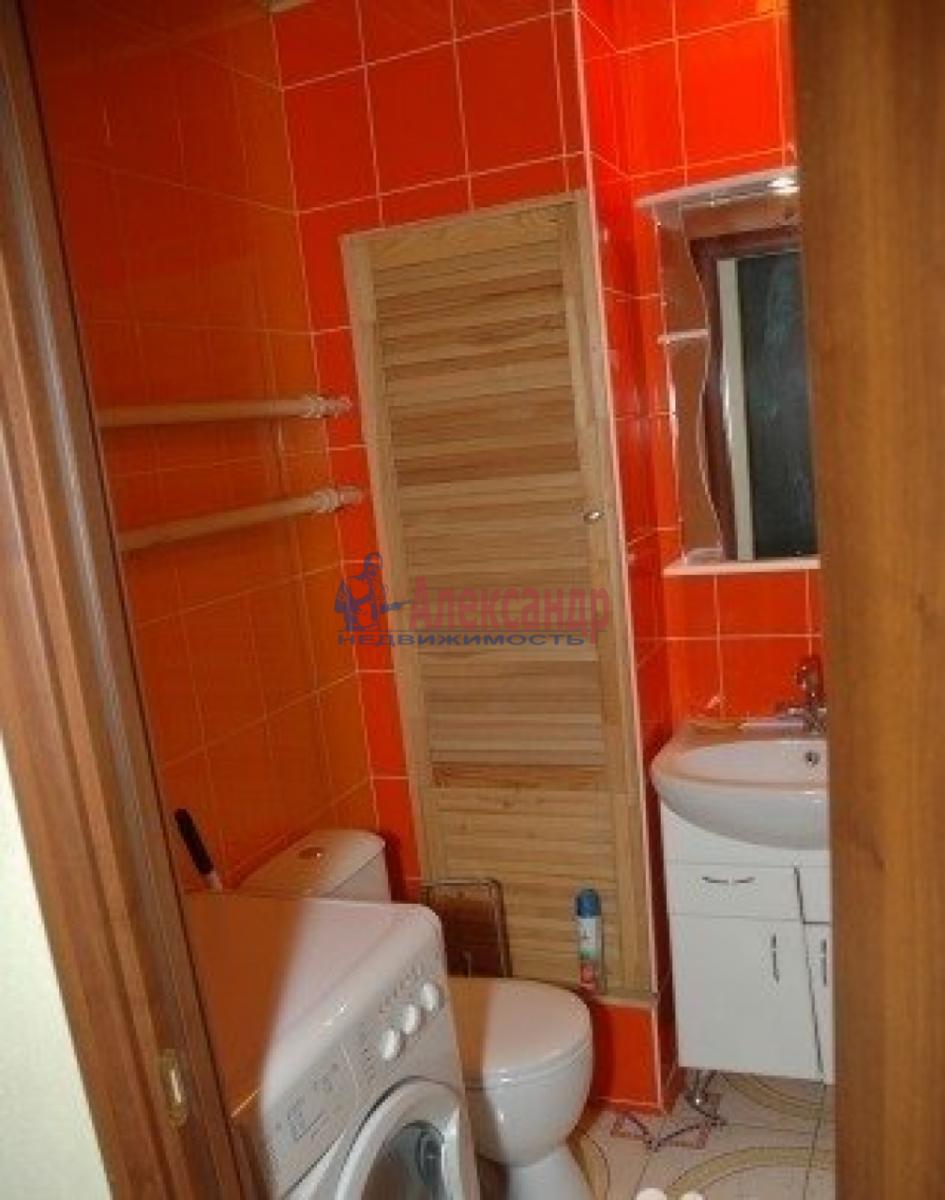 1-комнатная квартира (45м2) в аренду по адресу Обуховской Обороны пр., 110— фото 6 из 6