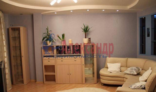 2-комнатная квартира (66м2) в аренду по адресу Энгельса пр., 97— фото 3 из 8