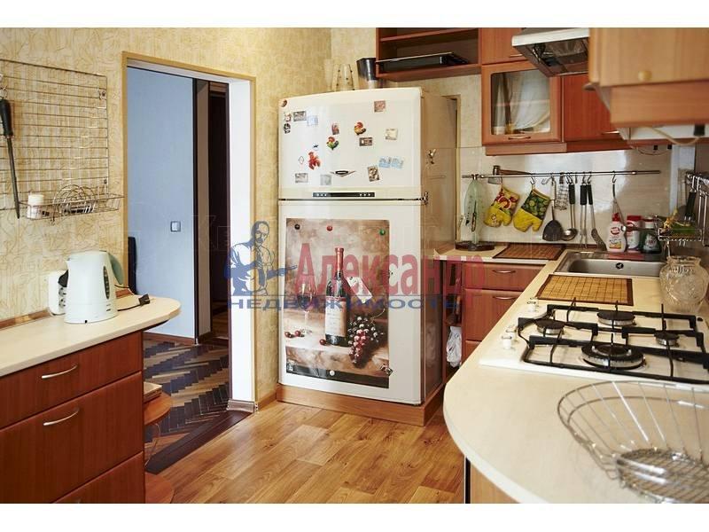 4-комнатная квартира (90м2) в аренду по адресу Загородный пр.— фото 2 из 17
