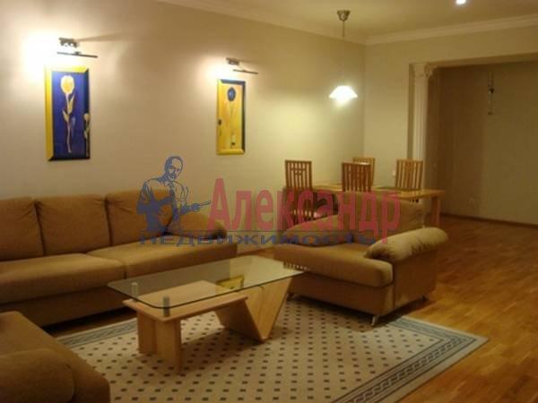 3-комнатная квартира (104м2) в аренду по адресу Малая Садовая ул., 3— фото 1 из 7