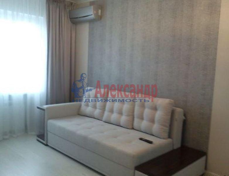 1-комнатная квартира (43м2) в аренду по адресу Адмирала Трибуца ул., 7— фото 1 из 4