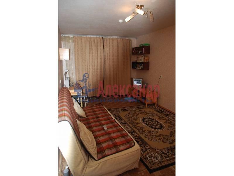 2-комнатная квартира (55м2) в аренду по адресу Гражданский пр., 108— фото 3 из 5