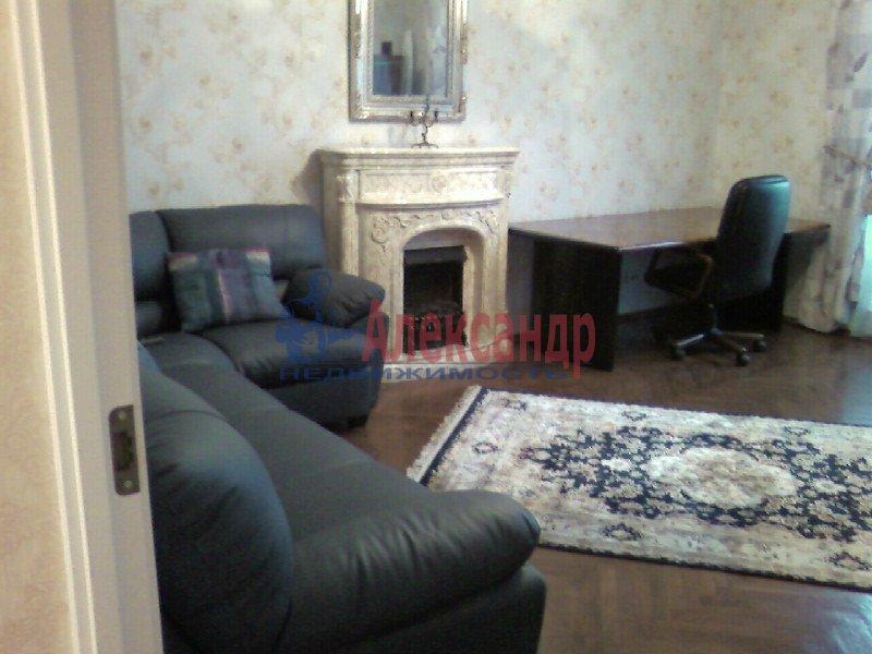 2-комнатная квартира (67м2) в аренду по адресу Миргородская ул., 12— фото 2 из 4