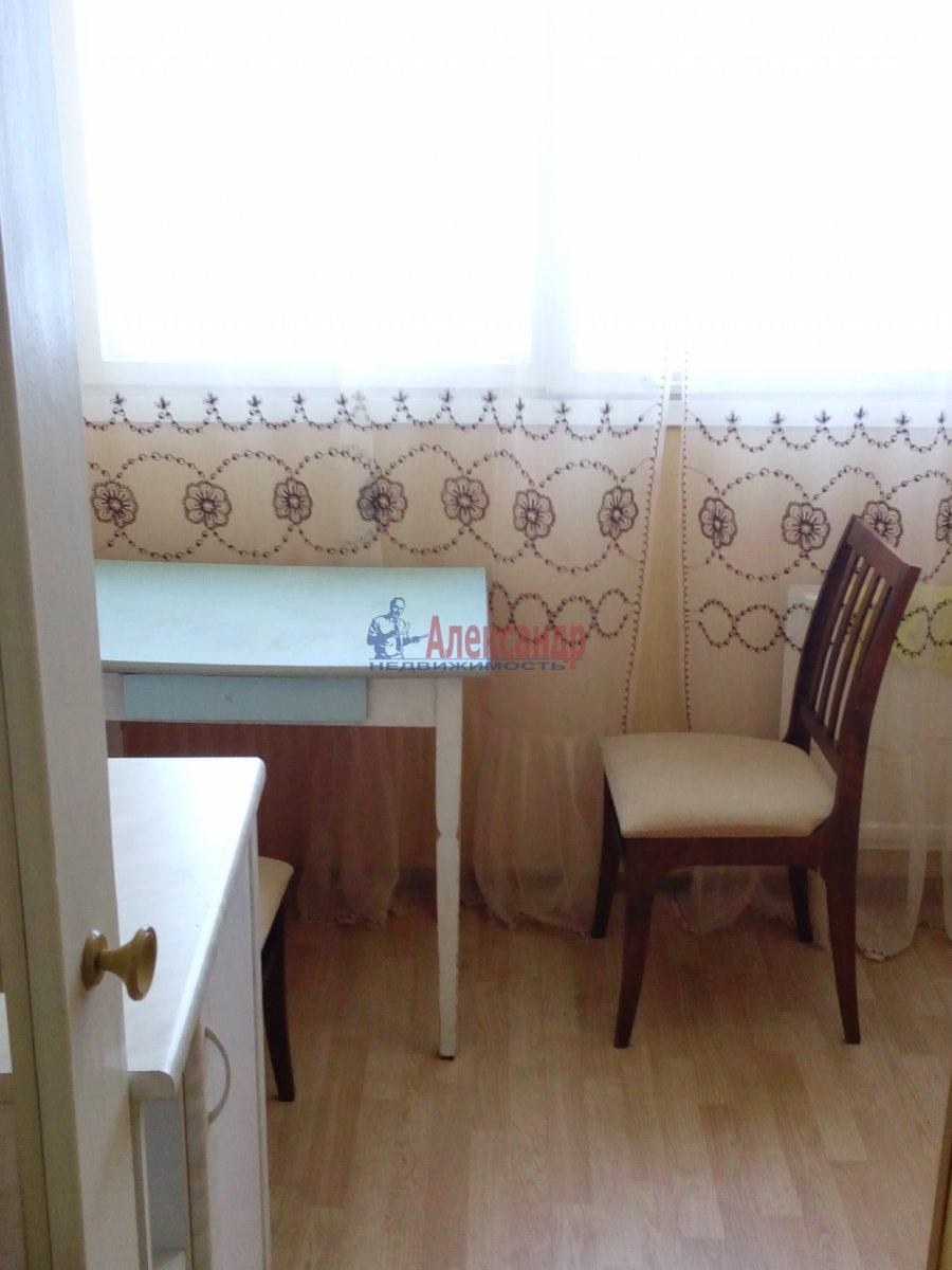 1-комнатная квартира (35м2) в аренду по адресу Ярослава Гашека ул.— фото 3 из 3