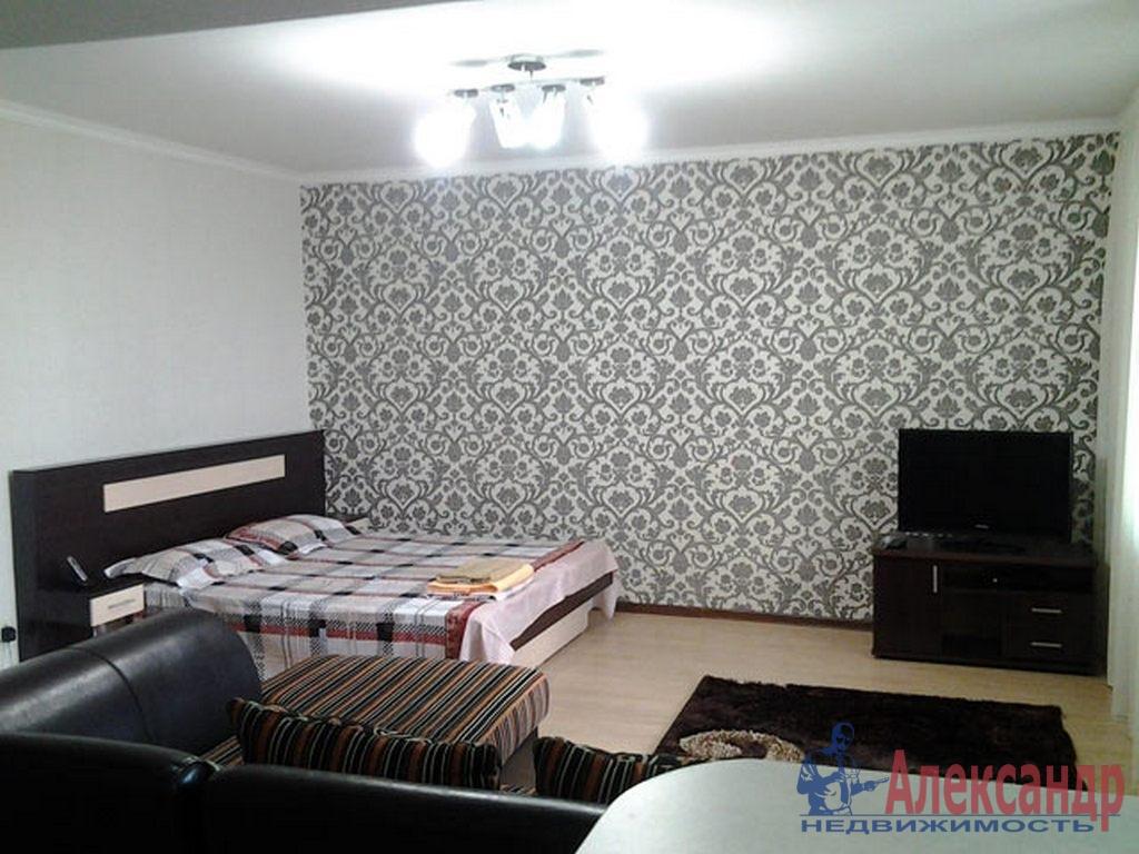 1-комнатная квартира (43м2) в аренду по адресу Кораблестроителей ул., 34— фото 1 из 3