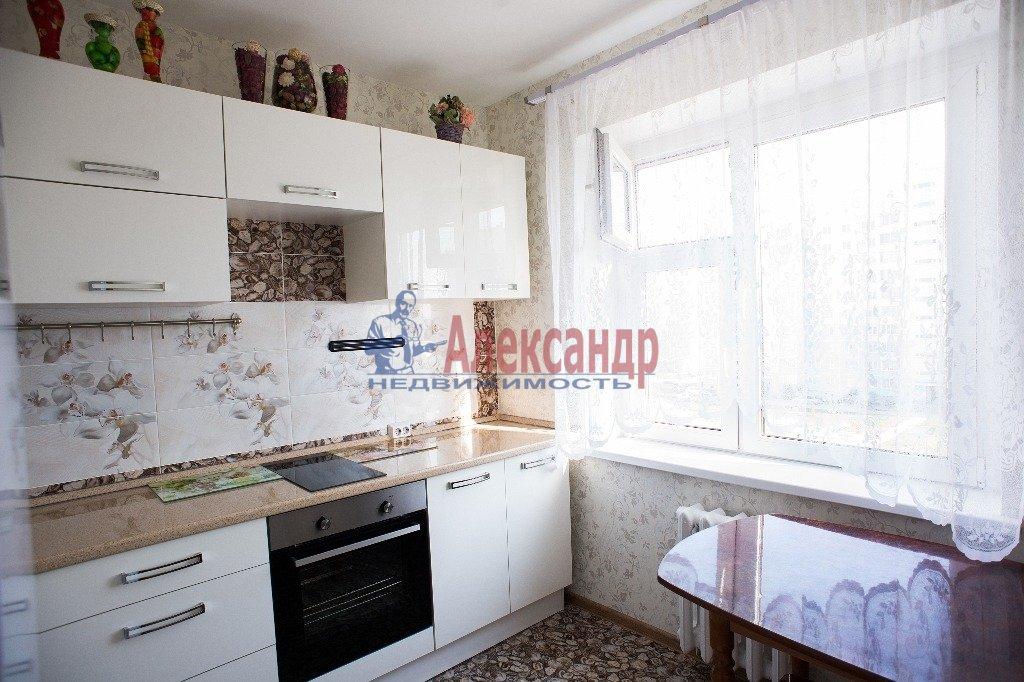 2-комнатная квартира (60м2) в аренду по адресу Славы пр., 55— фото 3 из 7