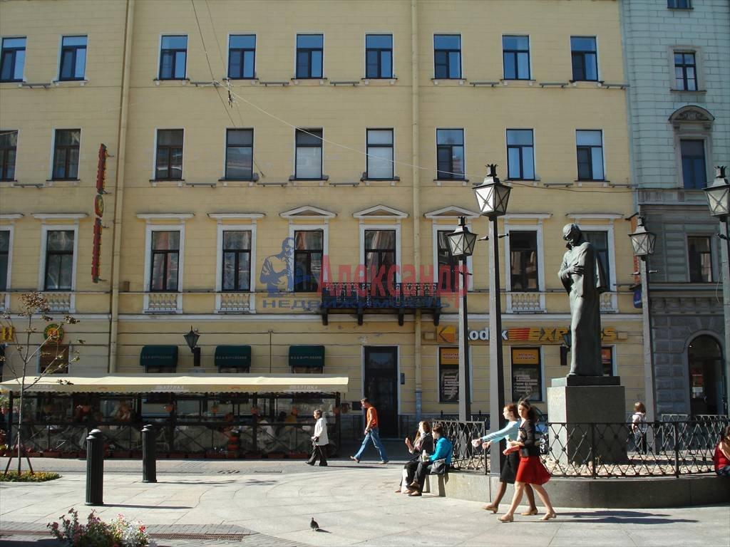 3-комнатная квартира (115м2) в аренду по адресу Малая Конюшенная ул., 9— фото 10 из 10