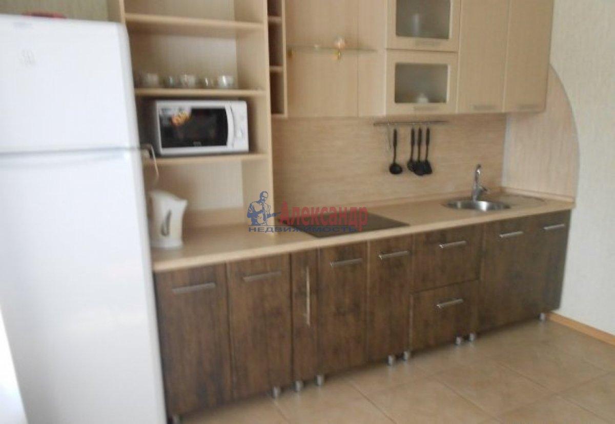 1-комнатная квартира (36м2) в аренду по адресу Типанова ул., 27— фото 3 из 4