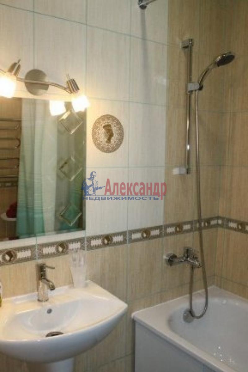 1-комнатная квартира (40м2) в аренду по адресу Русановская ул., 17— фото 6 из 8