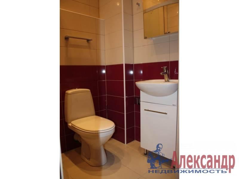 1-комнатная квартира (42м2) в аренду по адресу Учительская ул., 18— фото 4 из 6