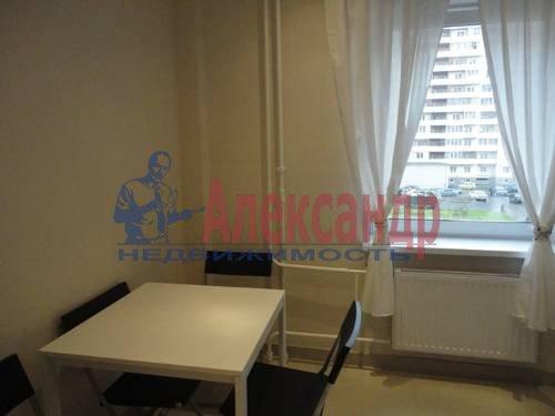 1-комнатная квартира (40м2) в аренду по адресу Варшавская ул., 23— фото 5 из 8