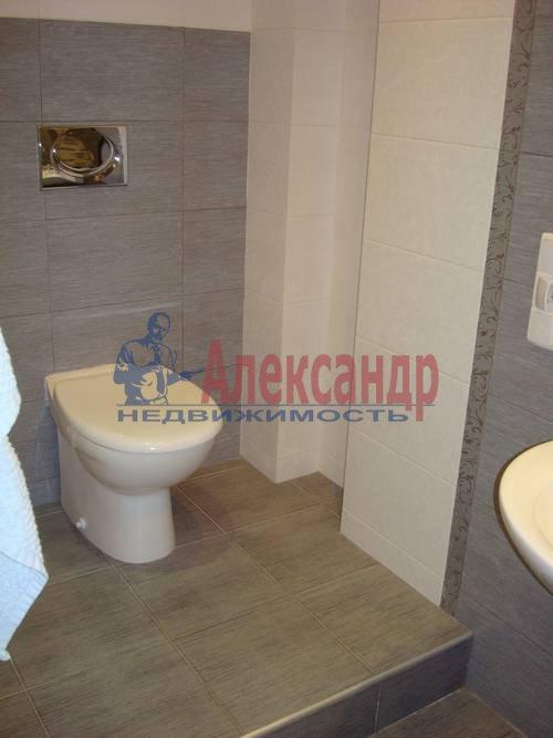 3-комнатная квартира (100м2) в аренду по адресу Жуковского ул., 28— фото 3 из 8