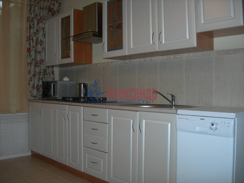 5-комнатная квартира (146м2) в аренду по адресу Жуковского ул., 11— фото 1 из 14