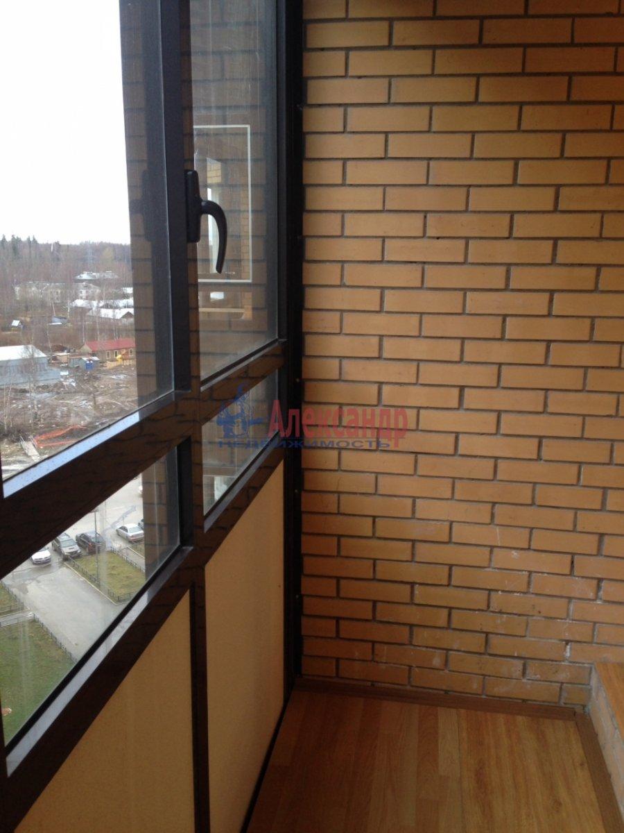 1-комнатная квартира (35м2) в аренду по адресу Парголово пос., Федора Абрамова ул., 18— фото 6 из 7
