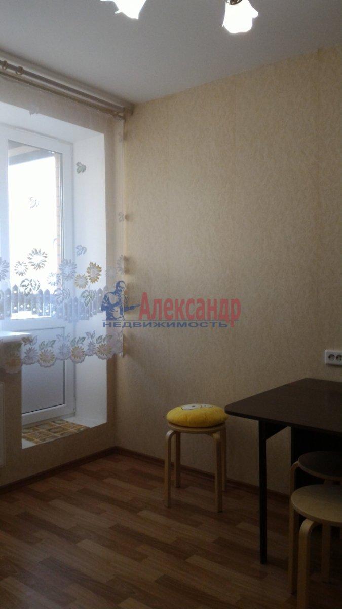 1-комнатная квартира (38м2) в аренду по адресу Парголово пос., Заречная ул., 25— фото 2 из 10