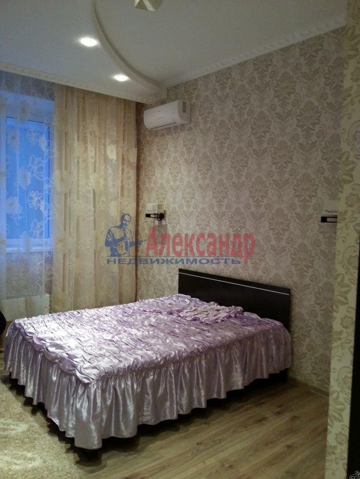 1-комнатная квартира (46м2) в аренду по адресу Счастливая ул., 14— фото 2 из 9