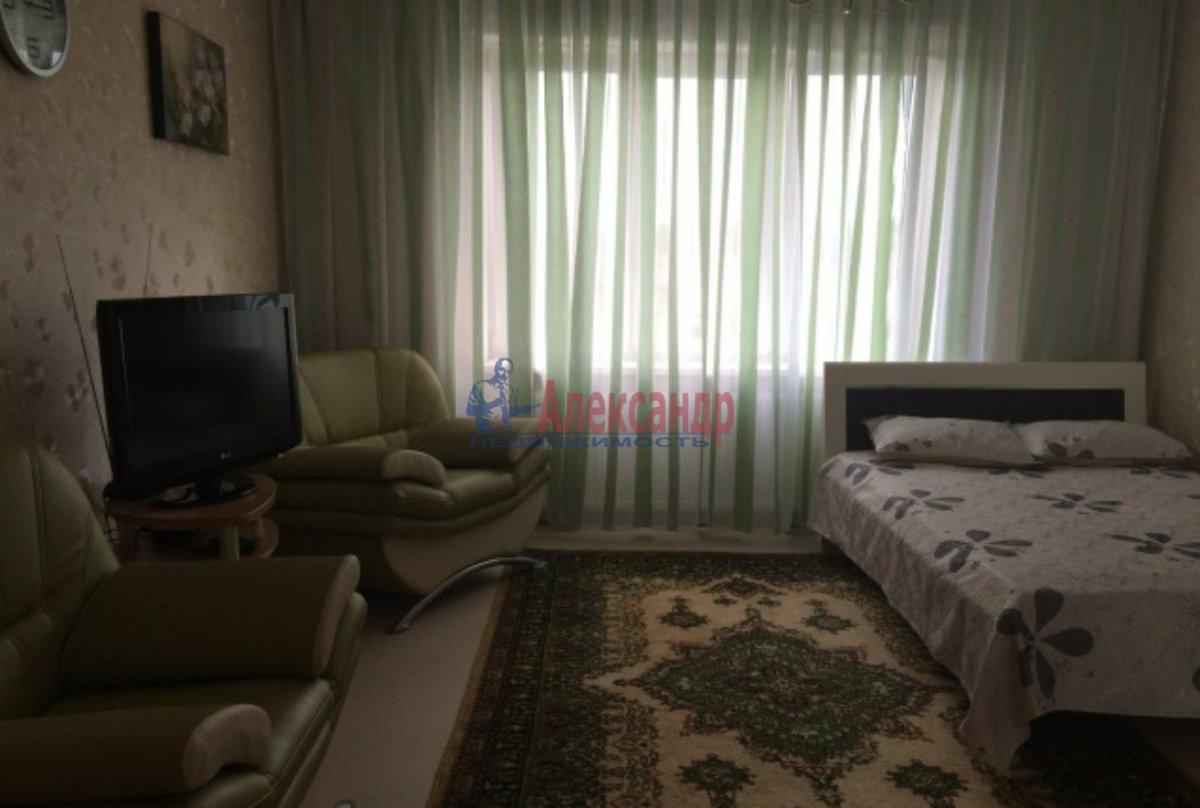 Комната в 3-комнатной квартире (90м2) в аренду по адресу Большой пр., 69— фото 2 из 2