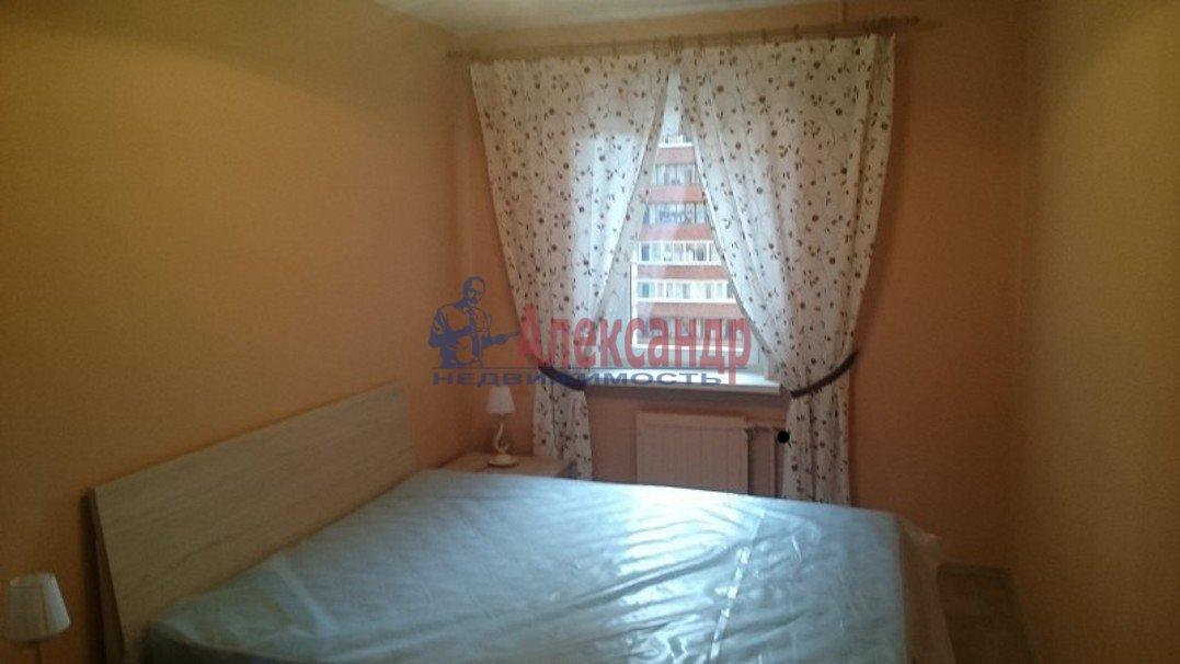 2-комнатная квартира (54м2) в аренду по адресу Ярослава Гашека ул., 15— фото 3 из 10