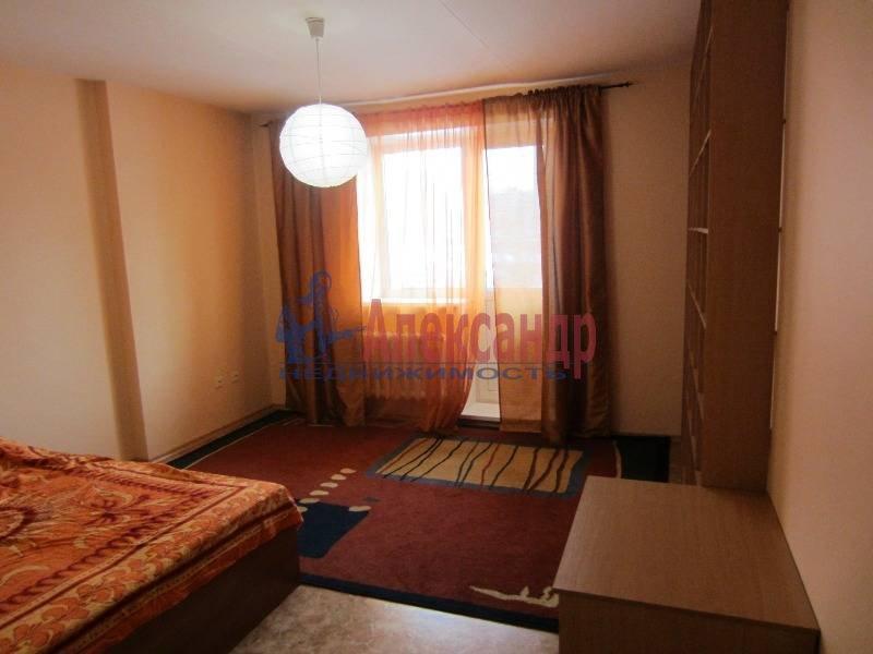 Комната в 3-комнатной квартире (64м2) в аренду по адресу Просвещения пр., 32— фото 1 из 1