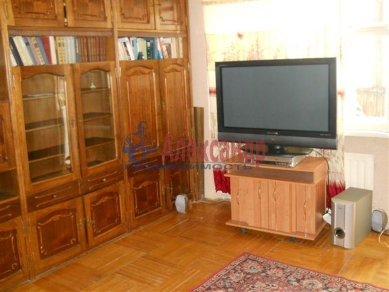 1-комнатная квартира (40м2) в аренду по адресу Руднева ул., 22— фото 1 из 8