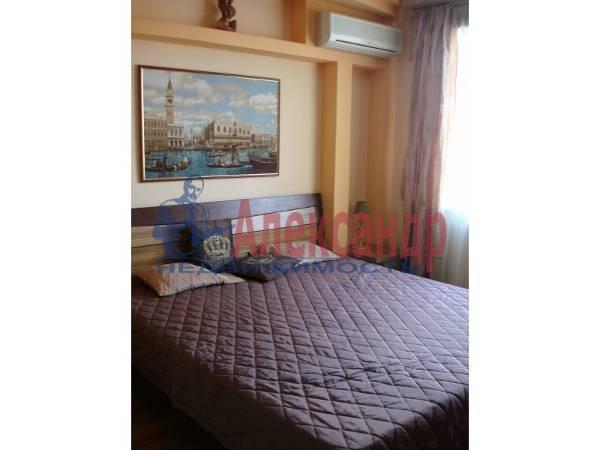 3-комнатная квартира (93м2) в аренду по адресу Ленинский пр., 151— фото 1 из 10