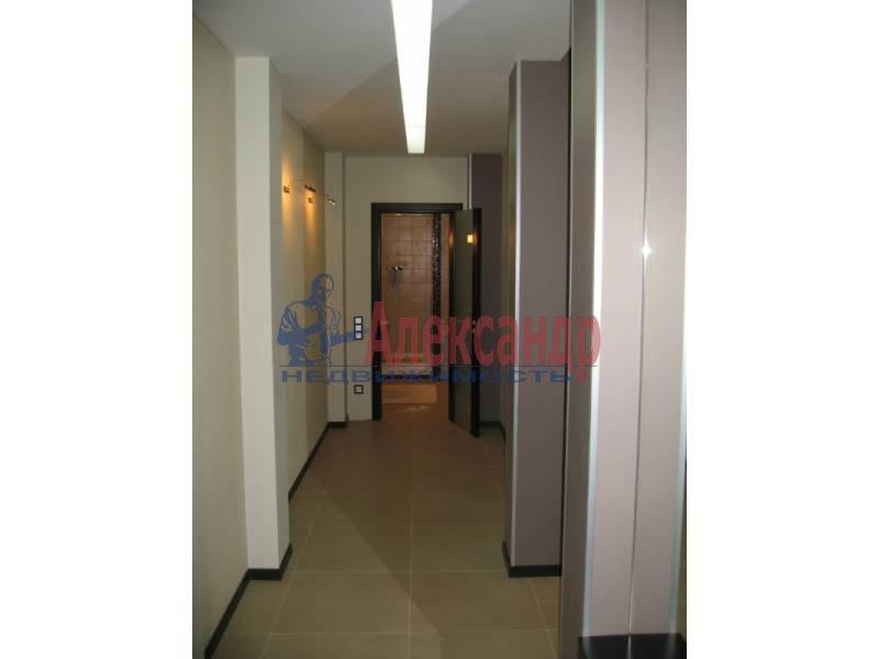 2-комнатная квартира (80м2) в аренду по адресу Бассейная ул., 73— фото 2 из 12